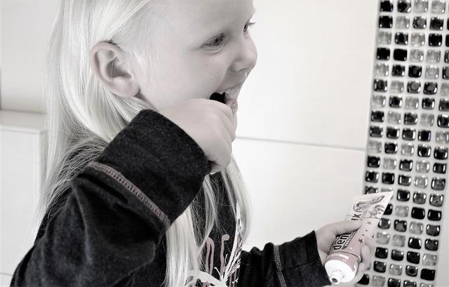Principais cuidados com os dentes das crianças
